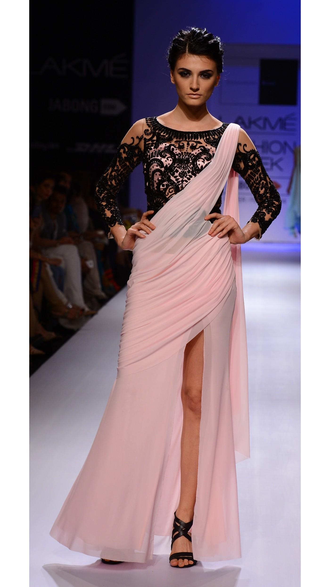 Sonaakshi Raaj\'s Pink and Black Sari-Gown